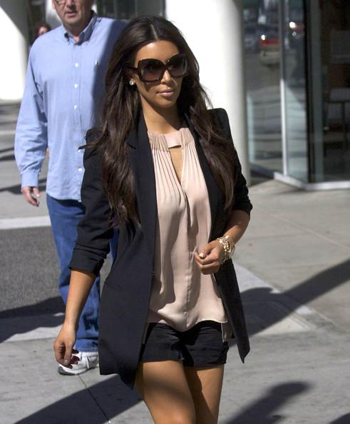 Get The Look: Kim Kardashian's Short Shorts and Giuseppe Sandals