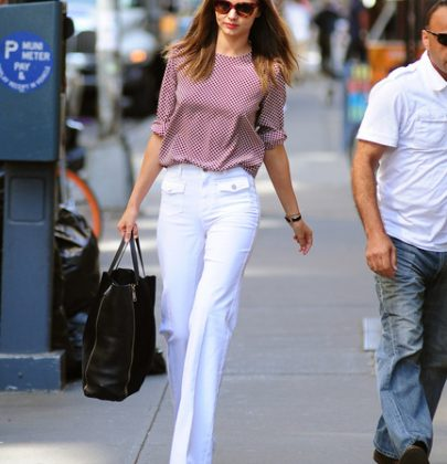 Look of the Day: Miranda Kerr's High-Waisted Wide-Legged Pants