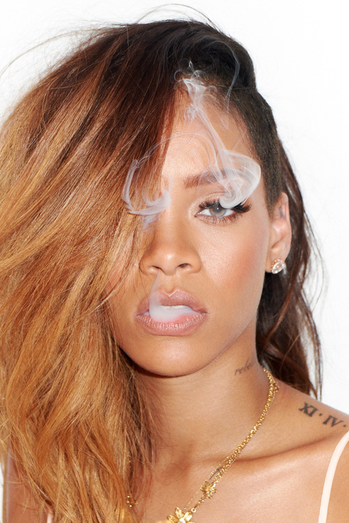 Gallery: Rihanna Behind The Scenes With Terry Richardson For Rolling Stone.