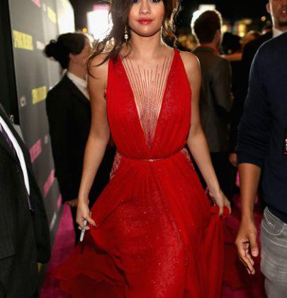 Hot or Not: Selena Gomez In Reem Acra At The 'Spring Breakers' LA Premiere