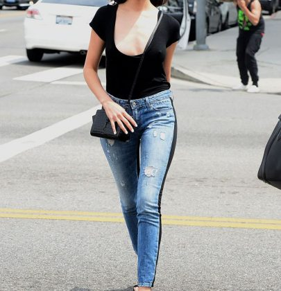 Olivia Culpo's Denim Game Is Strong!