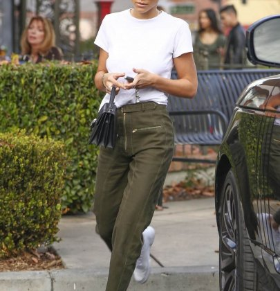 Steal Her Style: Sofia Richie's SELF-PORTRAIT Utility Zip-front Twill Trousers – Out in Calabasas
