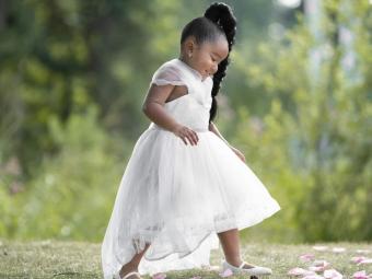 How to <em><b>Dress Your Baby </b></em>for a Wedding
